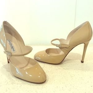 Charles David Beige Nude Patent Leather Pumps